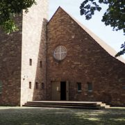 Evangelische Friedenskirche, Tauberstr. 10
